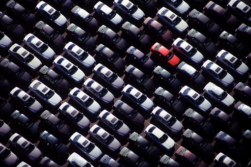 Conformity「A special red car」:スマホ壁紙(10)
