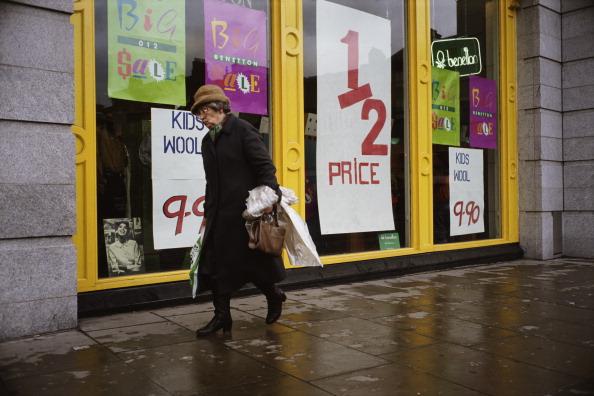 Senior Women「Dublin Sale」:写真・画像(11)[壁紙.com]