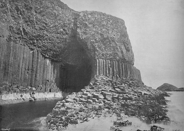 Basalt「Staffa - Fingals Cave, 1」:写真・画像(5)[壁紙.com]