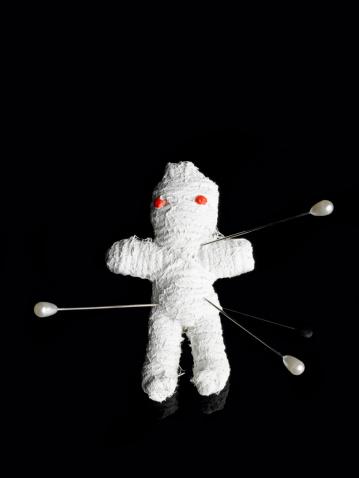 Doll「Voodoo doll」:スマホ壁紙(1)