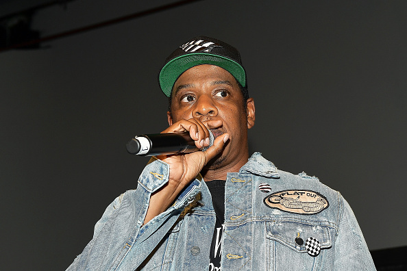 1人「Jay-Z Introduces Vic Mensa At Mack Sennett Studios」:写真・画像(10)[壁紙.com]