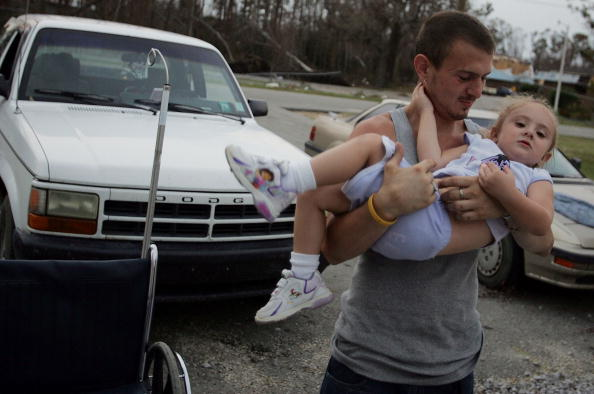 Moving Past「Rescue And Recovery Efforts Continue On Week After Hurricane Katrina」:写真・画像(19)[壁紙.com]
