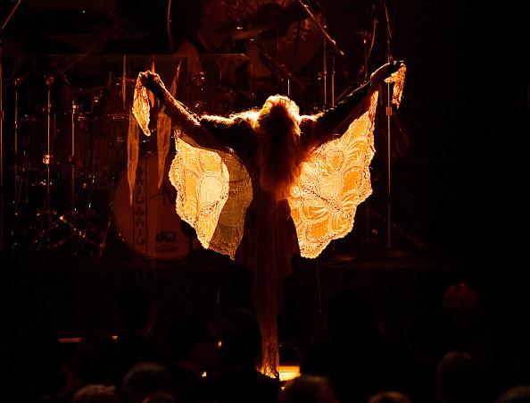 Dia Dipasupil「2018 MusiCares Person Of The Year Honoring Fleetwood Mac - Show」:写真・画像(17)[壁紙.com]