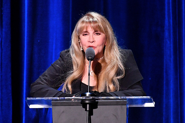 Dia Dipasupil「2018 MusiCares Person Of The Year Honoring Fleetwood Mac - Show」:写真・画像(6)[壁紙.com]