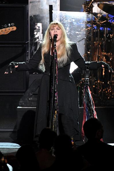 Dia Dipasupil「2018 MusiCares Person Of The Year Honoring Fleetwood Mac - Show」:写真・画像(15)[壁紙.com]