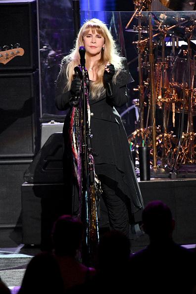 Dia Dipasupil「2018 MusiCares Person Of The Year Honoring Fleetwood Mac - Show」:写真・画像(10)[壁紙.com]