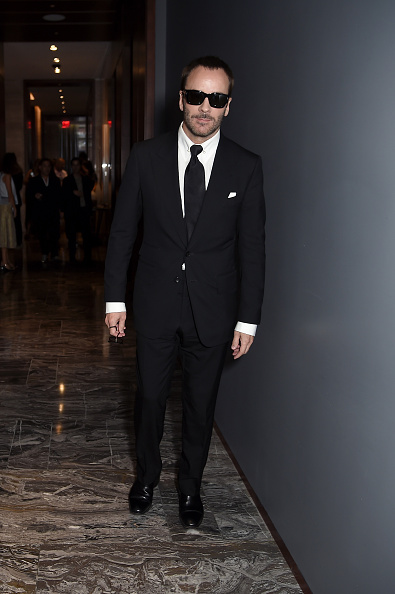 Full Suit「The Daily Front Row's 4th Annual Fashion Media Awards - Inside」:写真・画像(13)[壁紙.com]
