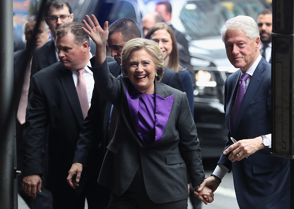 John Moore「Hillary Clinton Makes A Statement After Loss In Presidential Election」:写真・画像(5)[壁紙.com]
