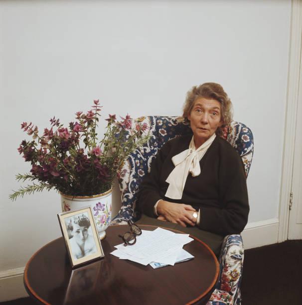 Peggy Makins:ニュース(壁紙.com)