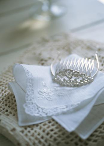 Handkerchief「Bridal Tiara」:スマホ壁紙(1)