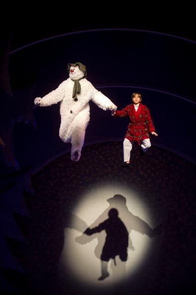 雪だるま「Final Rehearsals For Birmingham Repertory's Production Of The Snowman」:写真・画像(7)[壁紙.com]