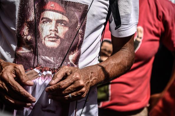 Shirt「Officialism Responds to Juan Guaido Rally」:写真・画像(6)[壁紙.com]