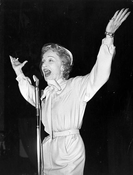Monty Fresco「Marlene Dietrich」:写真・画像(6)[壁紙.com]
