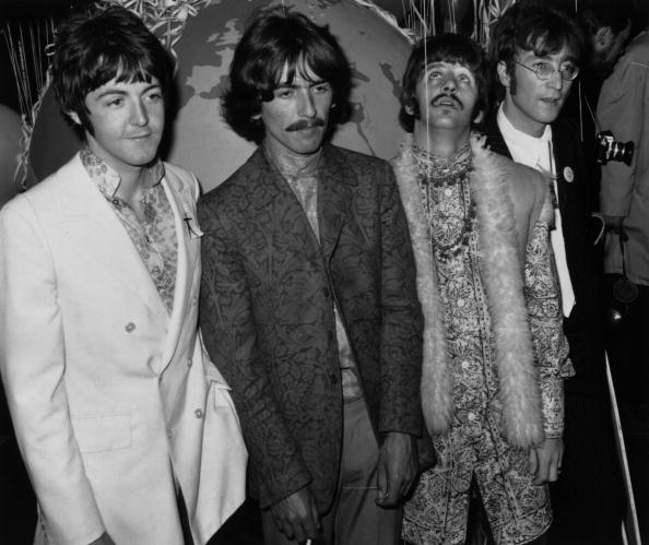 Four People「Beatles At EMI」:写真・画像(8)[壁紙.com]