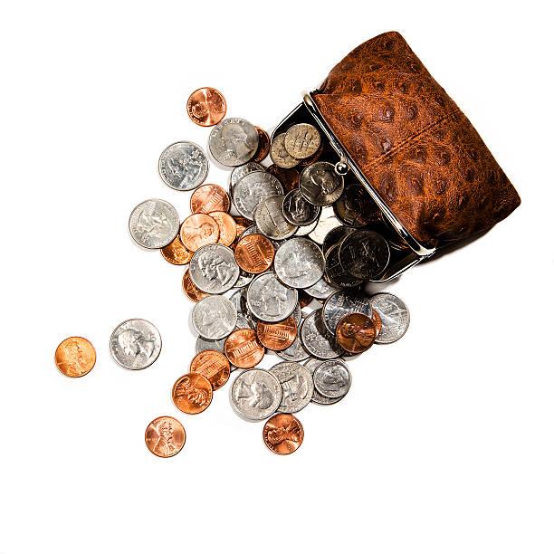 Coins spilling from change purse:スマホ壁紙(壁紙.com)