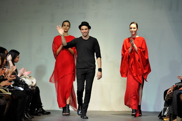 Gratitude「Mike Vensel - Runway - Fall 2011 Mercedes-Benz Fashion Week」:写真・画像(17)[壁紙.com]