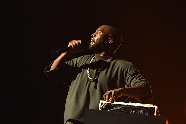 Kanye West - Musician「2015 iHeartRadio Music Festival - Night 1 - Show」:写真・画像(6)[壁紙.com]