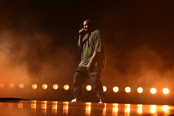 Kanye West - Musician「2015 iHeartRadio Music Festival - Night 1 - Show」:写真・画像(16)[壁紙.com]