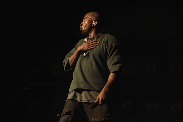 Kanye West - Musician「2015 iHeartRadio Music Festival - Night 1 - Show」:写真・画像(15)[壁紙.com]
