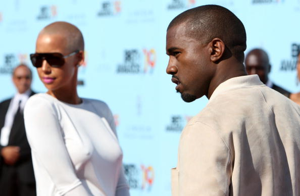 Kanye West - Musician「2009 BET Awards - Arrivals」:写真・画像(13)[壁紙.com]