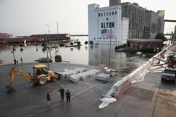 Mississippi River「Midwest Rivers Reach Major Flood Stage At Historic Levels」:写真・画像(8)[壁紙.com]