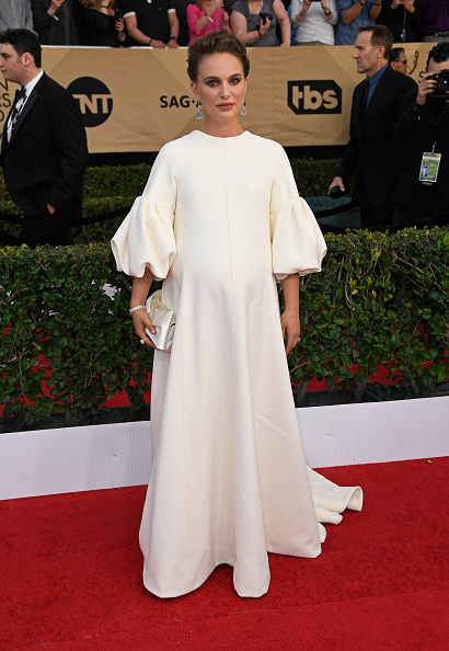 Puffed Sleeve「The 23rd Annual Screen Actors Guild Awards - Arrivals」:写真・画像(6)[壁紙.com]