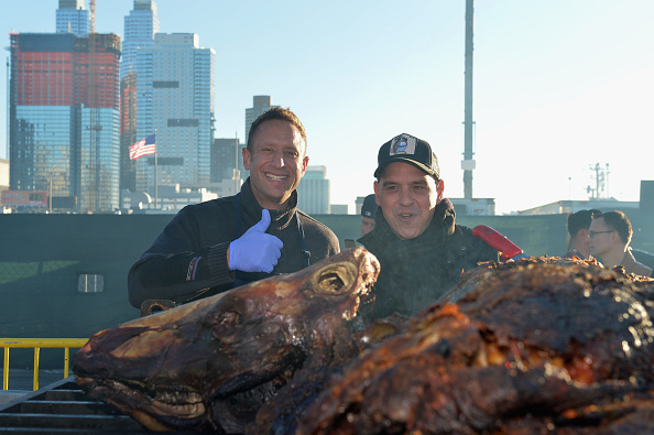 Animals Hunting「Meatopia X: The Carnivore's Ball Presented By Creekstone Farms Hosted By Michael Symon - Food Network New York City Wine & Food Festival Presented By FOOD & WINE」:写真・画像(7)[壁紙.com]