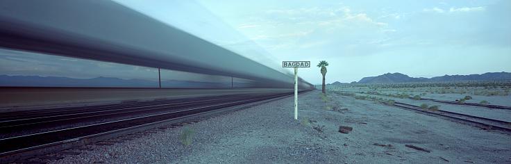 Baghdad「Freight train rolling through California」:スマホ壁紙(18)