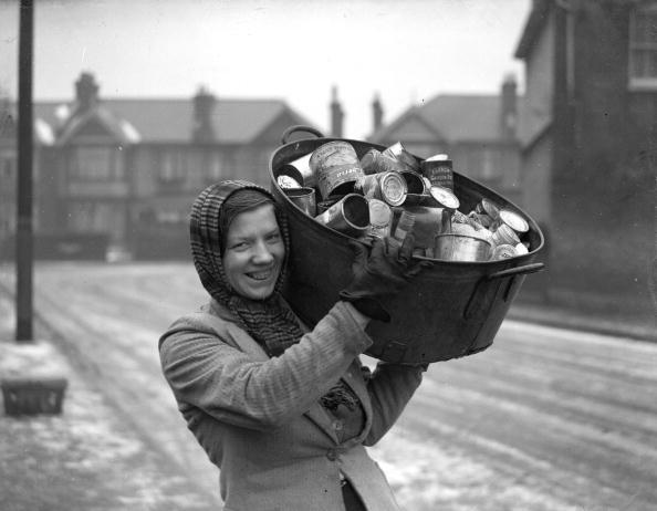Fred Ramage「First 'Dustwoman'」:写真・画像(8)[壁紙.com]