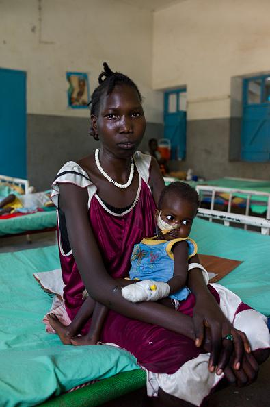 Tom Stoddart Archive「Red Cross Hospital In South Sudan」:写真・画像(16)[壁紙.com]