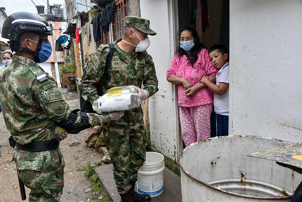 Slum「Coronavirus Aggravates Living Conditions in El Codito Slum in Bogotá」:写真・画像(13)[壁紙.com]