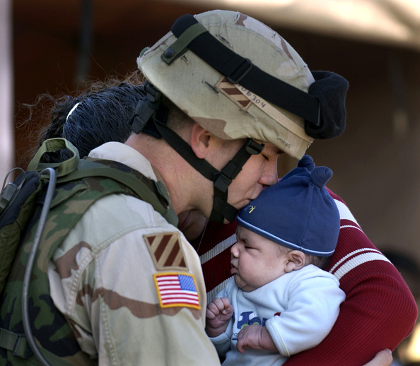 Profile View「Members Of Third Infantry Division Deploy To Iraq」:写真・画像(5)[壁紙.com]