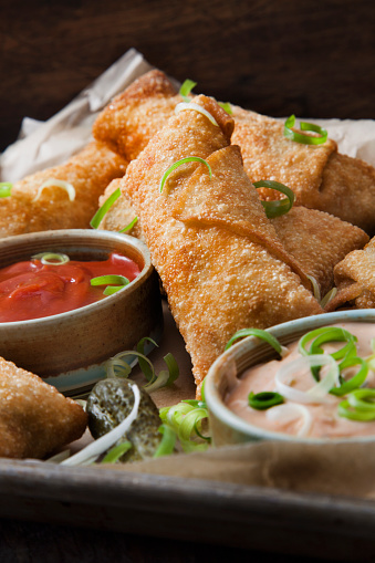 Chili Sauce「Cheeseburger Egg Rolls with Ketchup and a Spicy Mayo Dipping Sauce」:スマホ壁紙(18)