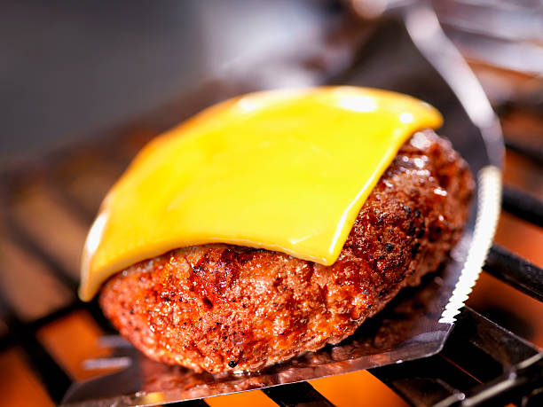 Cheeseburger on BBQ:スマホ壁紙(壁紙.com)