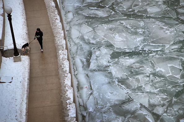 Chicago - Illinois「Chicago's Deep Freeze Continues With Single Digit Temperatures」:写真・画像(3)[壁紙.com]
