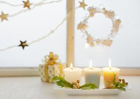 リース「Chirstmas candle」:スマホ壁紙(1)