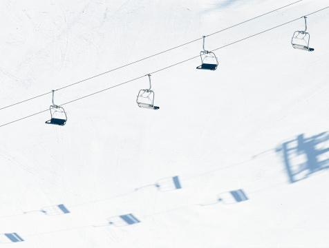 スキー「チェアリフトやスキーゲレンデ」:スマホ壁紙(9)