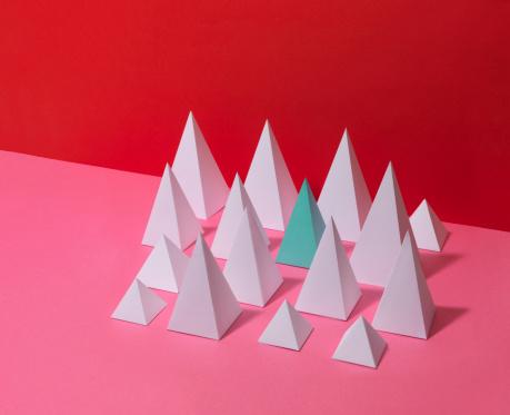 Pyramid Shape「White Pyramids on Red Background」:スマホ壁紙(6)