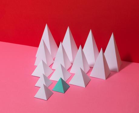 Pyramid Shape「White Pyramids on Red Background」:スマホ壁紙(14)
