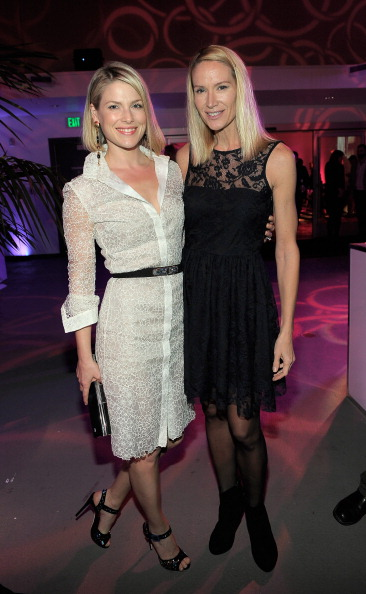 """Amy Smart「Vanity Fair And Juicy Couture """"Vanities"""" 20th Anniversary Hosted By Vanity Fair West Coast Editor Krista Smith And Actress Shailene Woodley In Support Of All It Takes」:写真・画像(16)[壁紙.com]"""
