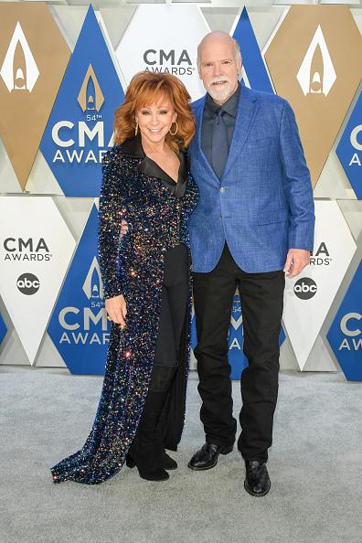 Music City Center「The 54th Annual CMA Awards - Arrivals」:写真・画像(17)[壁紙.com]