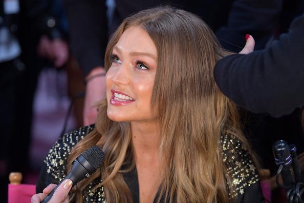 Victoria's Secret Fashion Show「2018 Victoria's Secret Fashion Show - Hair & Makeup」:写真・画像(0)[壁紙.com]