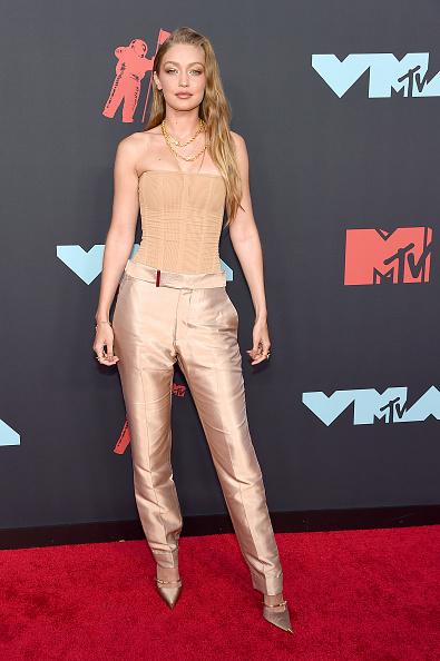 Nude Colored Pants「2019 MTV Video Music Awards - Arrivals」:写真・画像(12)[壁紙.com]