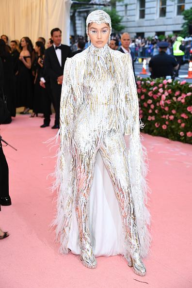 Gigi Hadid「The 2019 Met Gala Celebrating Camp: Notes on Fashion - Arrivals」:写真・画像(7)[壁紙.com]
