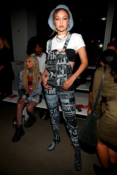 Jewelry「Jeremy Scott - Front Row - September 2019 - New York Fashion Week: The Shows」:写真・画像(13)[壁紙.com]
