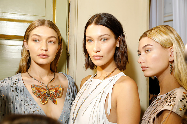 Fashion Week「Bottega Veneta - Backstage - Milan Fashion Week SS18」:写真・画像(2)[壁紙.com]