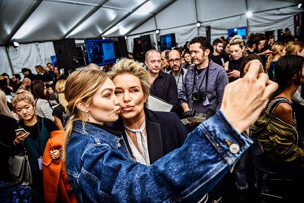 ニューヨークファッションウィーク「Tommy Hilfiger Women's - Alternative Views - Fall 2016 New York Fashion Week: The Shows」:写真・画像(15)[壁紙.com]