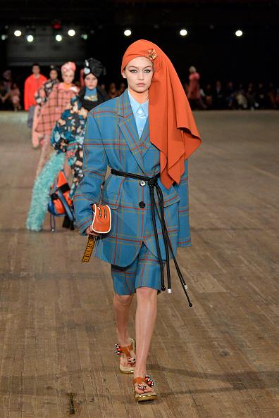 ニューヨークファッションウィーク「Marc Jacobs SS18 Collection - Runway」:写真・画像(8)[壁紙.com]
