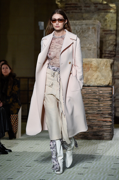 Lanvin「Lanvin : Runway - Paris Fashion Week Womenswear Fall/Winter 2019/2020」:写真・画像(19)[壁紙.com]
