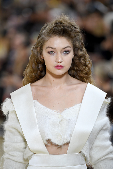 Womenswear「Miu Miu : Runway - Paris Fashion Week - Womenswear Spring Summer 2020」:写真・画像(11)[壁紙.com]